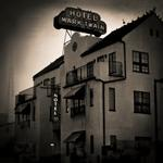 Keith Carter: Hotel Mark Twain , 2018